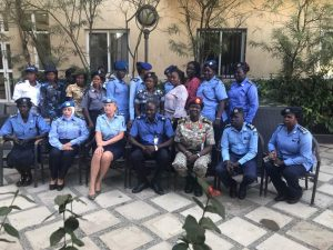 Suomalaiset naispoliisit vievät osaamistaan Etelä-Sudaniin